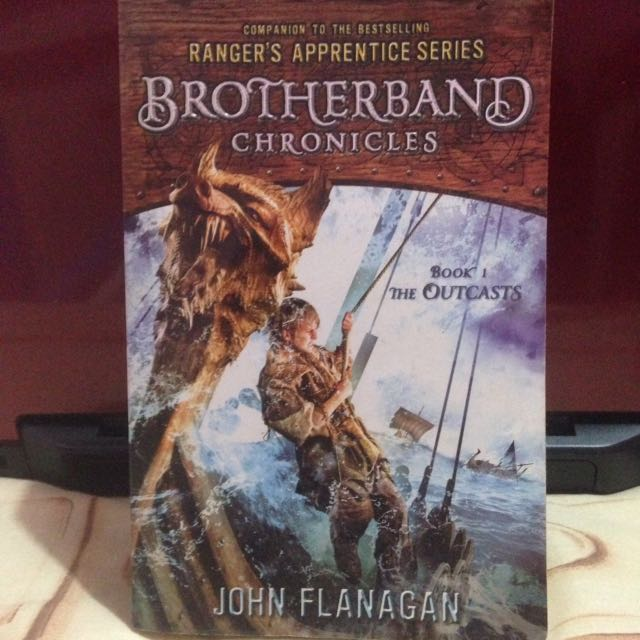 """Brotherband Chronicles : The Outcasts"" By John Flanagan (eng.book)"