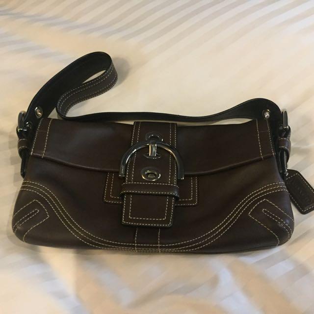 Preloved Coach Handbag (B066-8A05)