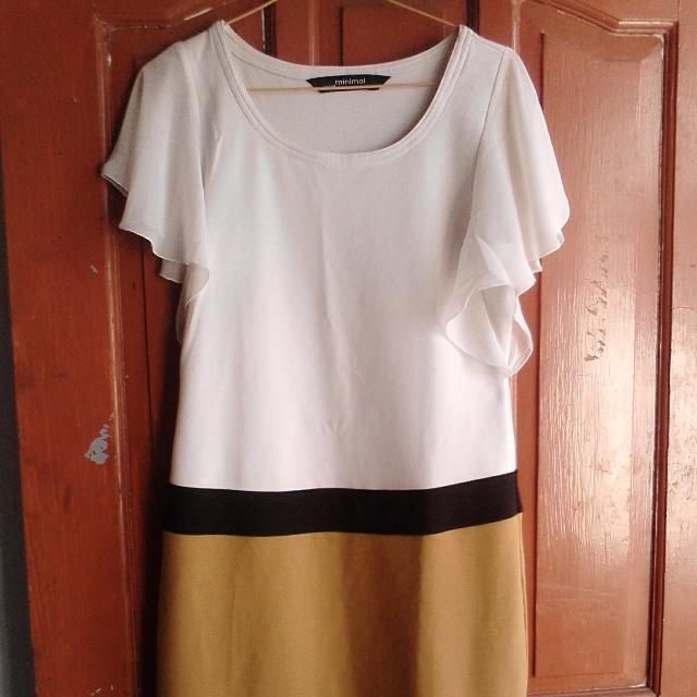 Dress Merk Minimal Fit To L