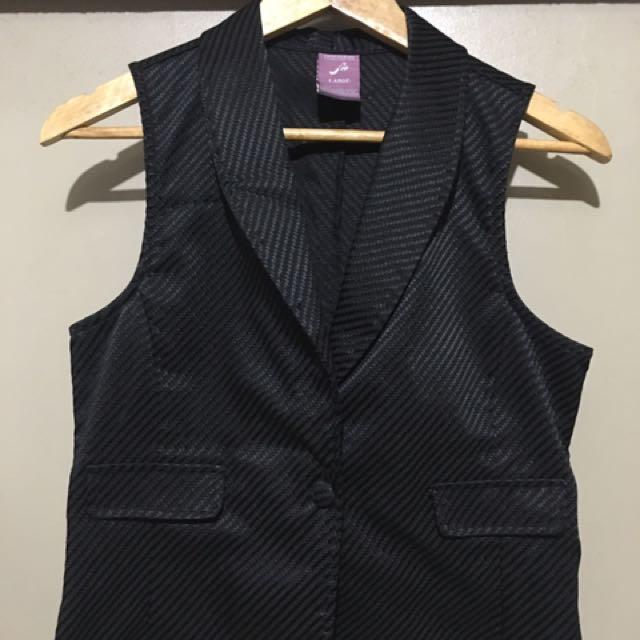 F&H Black Vest