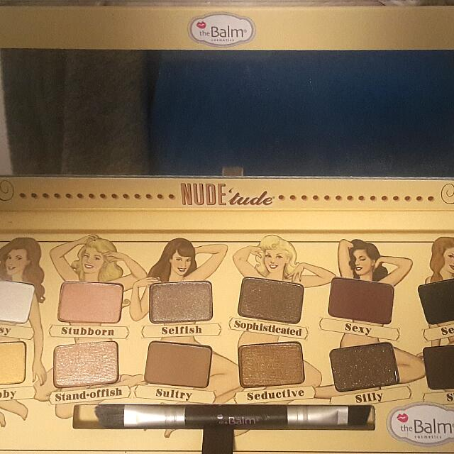 Gorgeous THE BALM Nude Pallet