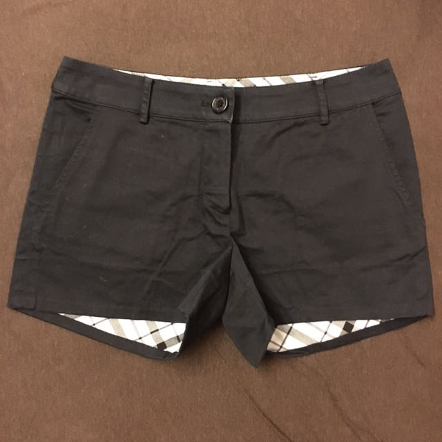 Knightsbridge黑色短褲