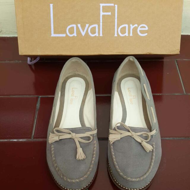 Lava Flare Flat Shoes