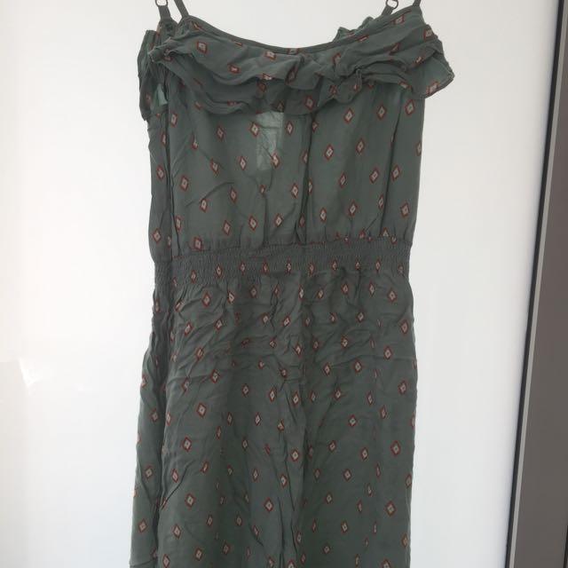 Light Green Dress With Pattern Size 8 Festival