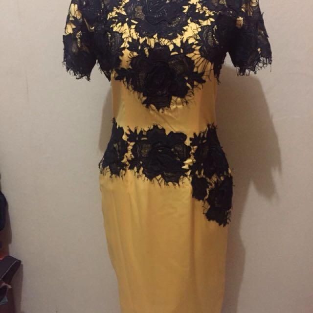 Lightly Used Wedding Dress