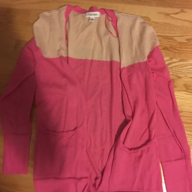 Medium Calvin Klein Pink & Beige open cardigan. $10 or $5 with any other purchase.