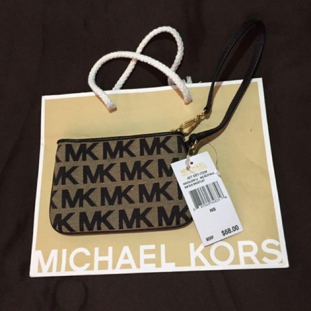 Mk wristlet wallet Authentic