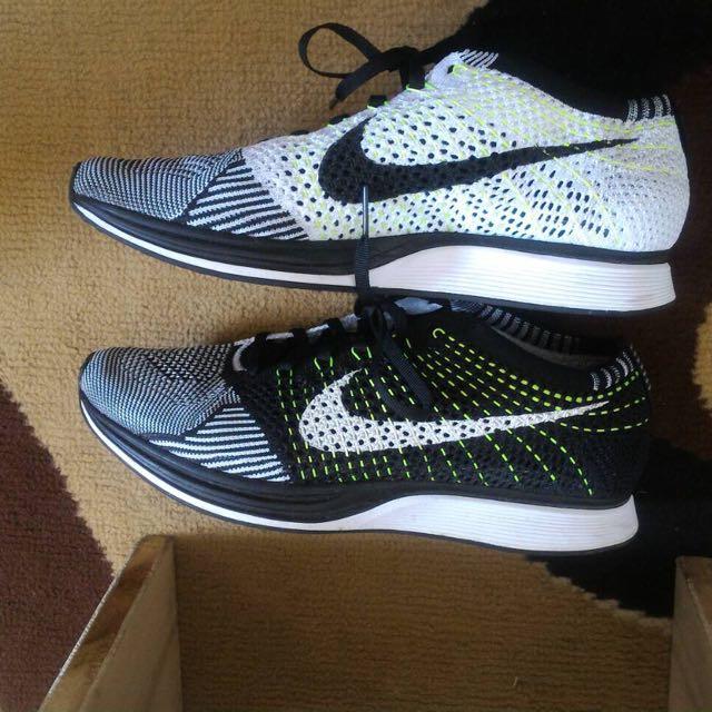Nike Flyknit Racer Size 8