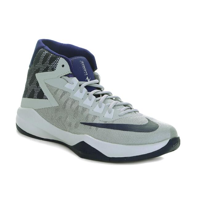 94a393999d69 Nike Zoom Devosion Basketball Shoes