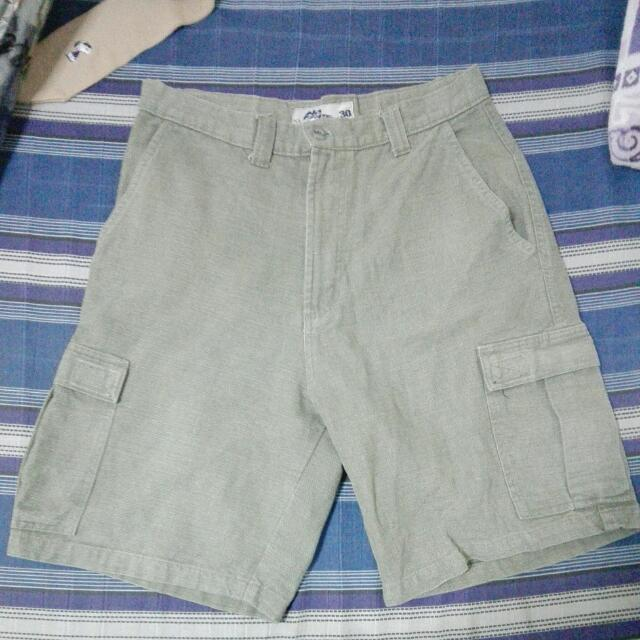 No fear Cargo Shorts (31-32)
