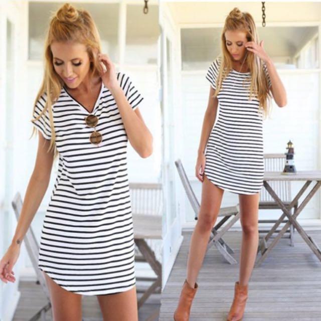 d589b42bab0 PO  stripe curve hem t shirt dress