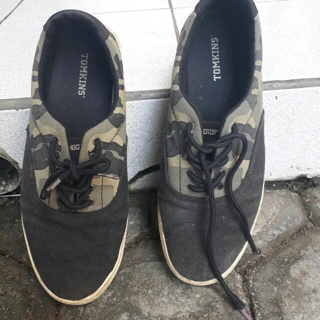 Sepatu Tomkins ARMY (rare)