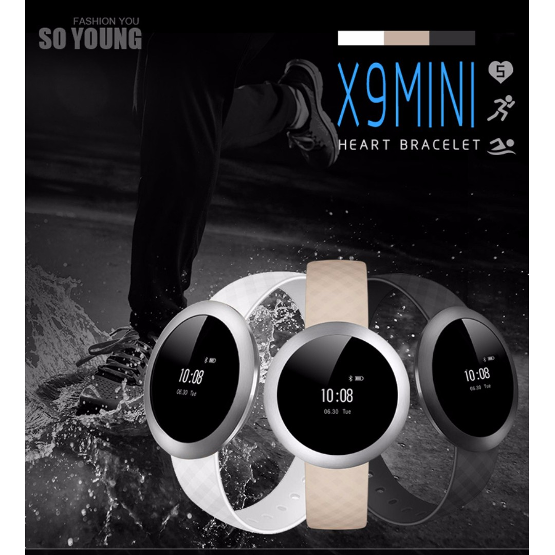 Sporty Bluetooth Circular Smart Wrist Watch Mini Android ISO Phone