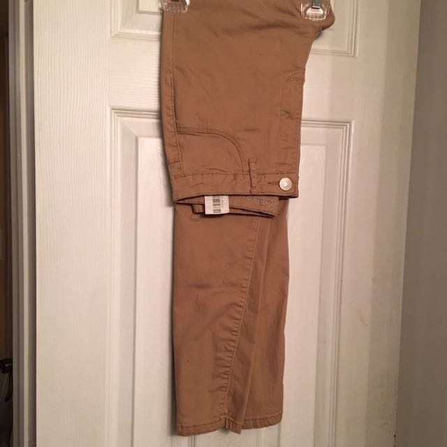 Taupe Highwaisted Jeans