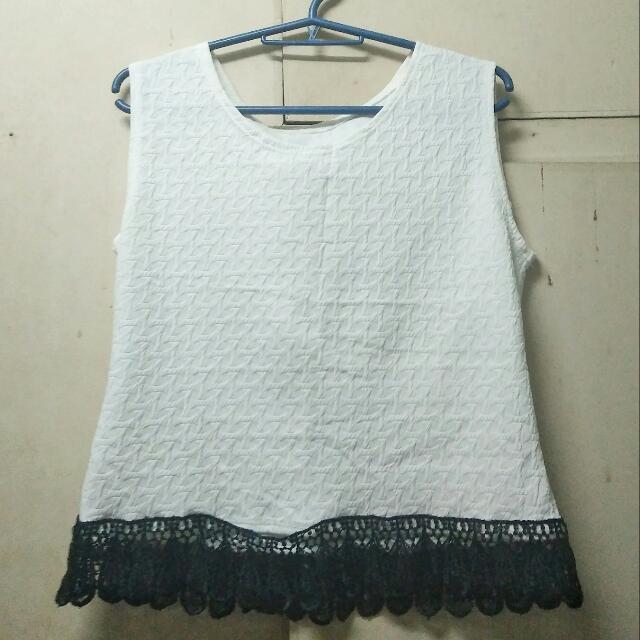 White Top - Fashion 💕💖