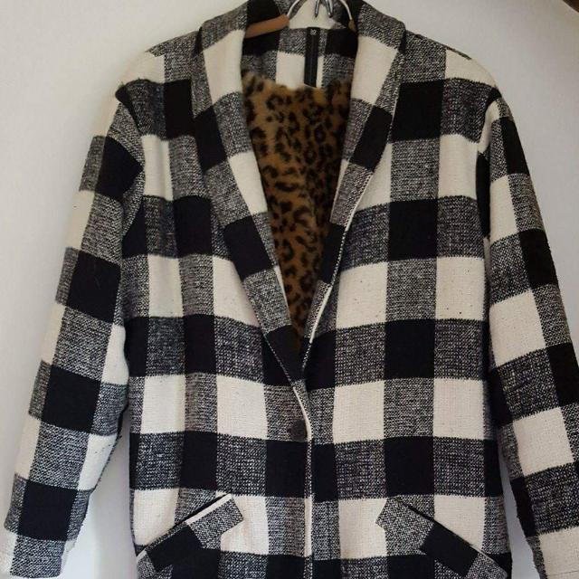 Woman's Winter Coat - Fur Interior Lining