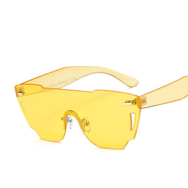 Yellow Issa Vibe Sunglasses