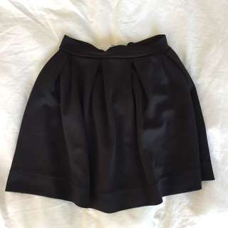 Black Skirt W Zipper - Small - BUFFALO