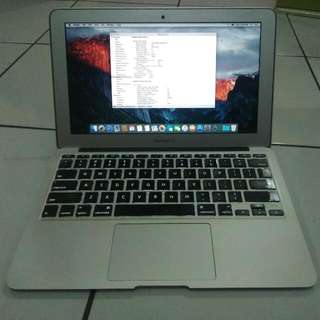 Macbook Air 11 Early 2014 Ram 4gb/128gb Cc Normal Body No Dent