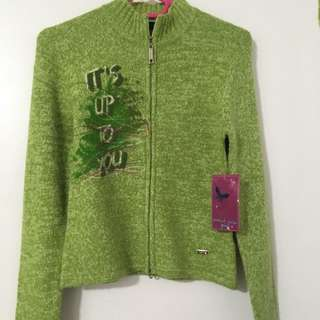Point Zero Green Zip-Up Sweater