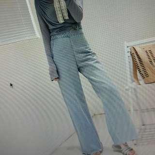 🚚 超好看中腰寬版牛仔褲