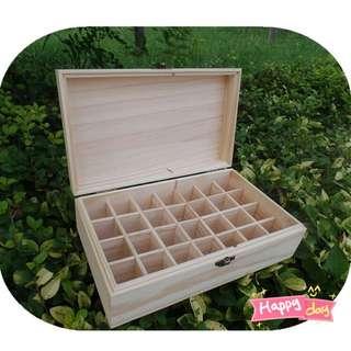 28 Slots Aromatherapy Oils 15ml  Storage Box