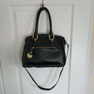 London Fog Black Leather Shoulder Purse