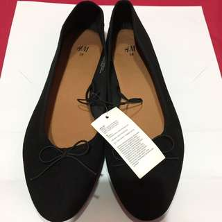 Flatshoes Hitam / Black HnM 38