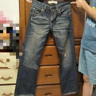 💯正品 Levi's 525 男版牛仔褲(可議價)