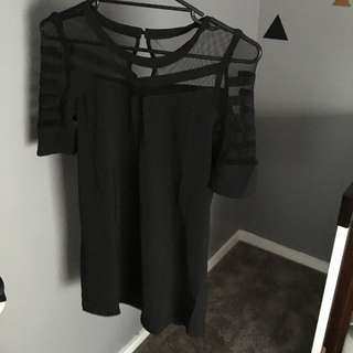 BRAND NEW BLACK DRESS WITH MESH DETAIL SIZE XS