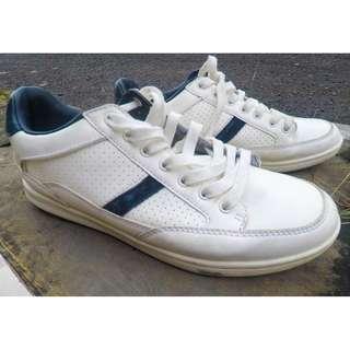 100% ORIGINALS - Sneakers PULL & BEAR Warna Putih