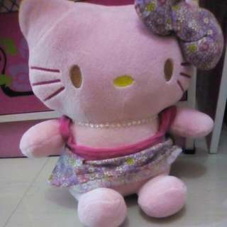 Boneka Hello Kitty Kecil