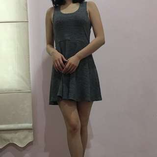 Forever 21 grey dress size S
