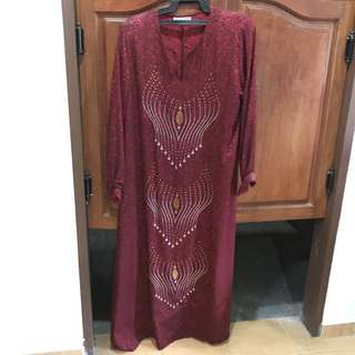 Jubah with beading