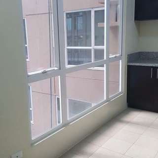 1BR CONDO IN MANDALUYONG NEAR MRT BONI AND ORTIGAS 9K MONTHLY PIONEER WOODLANDS