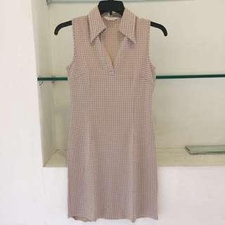 Mouth Valley Houndstooth Cream White Sleeveless Dress/dress krem putih tanpa lengan