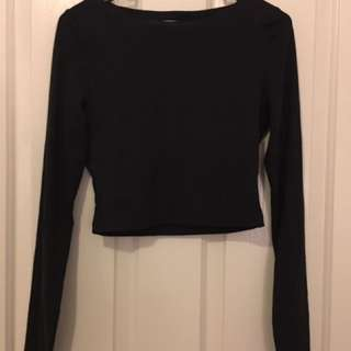 KOOKAI black Cropped Long Sleeve