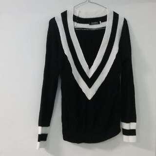 Striped V Neck Knit