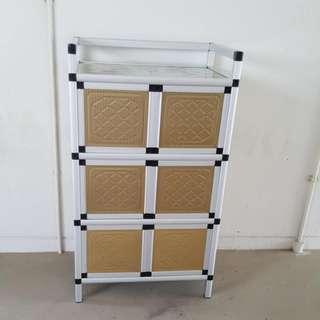 6 Doors Aluminium Cabinate