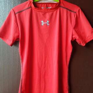 ORIGINAL UNDER ARMOUR (HEAT GEAR) FOR KIDS  STYLE: HEAT GEAR  SIZE: FOR 8 YRS OLD ( LOOSE), FITTED for 10-12 Yrs Old