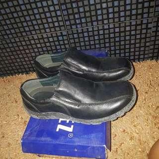 rustylopez shoes size 8.