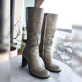 Costume National Grey Leather Boots - Size 38, Excellent Condition