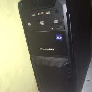 CPU Intel Core i5 RAM 8GB DDR 3 No Graph.Card