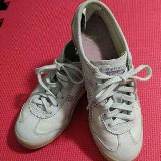 Onitsuka Tiger Slip-On Sneakers