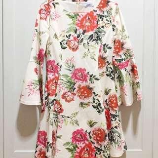 SALE! ValleyGirl / TEMT Floral Bell Sleeve Dress