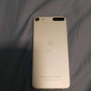 iPod Touch 6th Generation 64GB With SCREEN PROTECTOR AND CASE