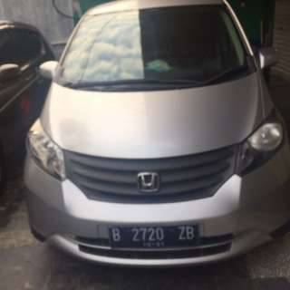 Honda Freed SD 2011
