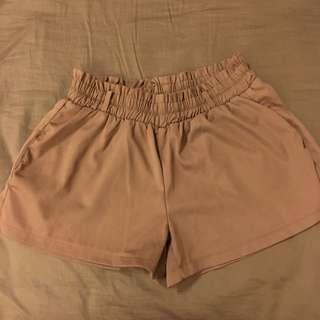 西裝短褲褐色