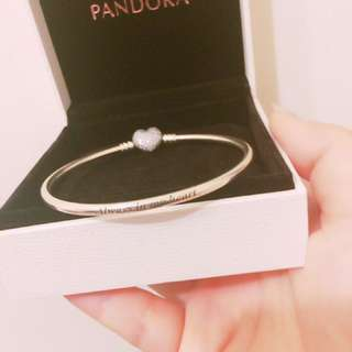 (全新)pandora心型硬環