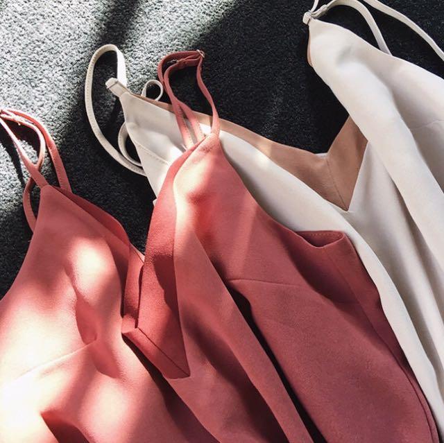 ✨現貨✨全新 韓版拼色V領背心 紅色款